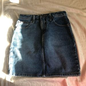 Levi's skirt size XS